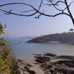 Spring sunshine at Cwm yr Eglwys Beach